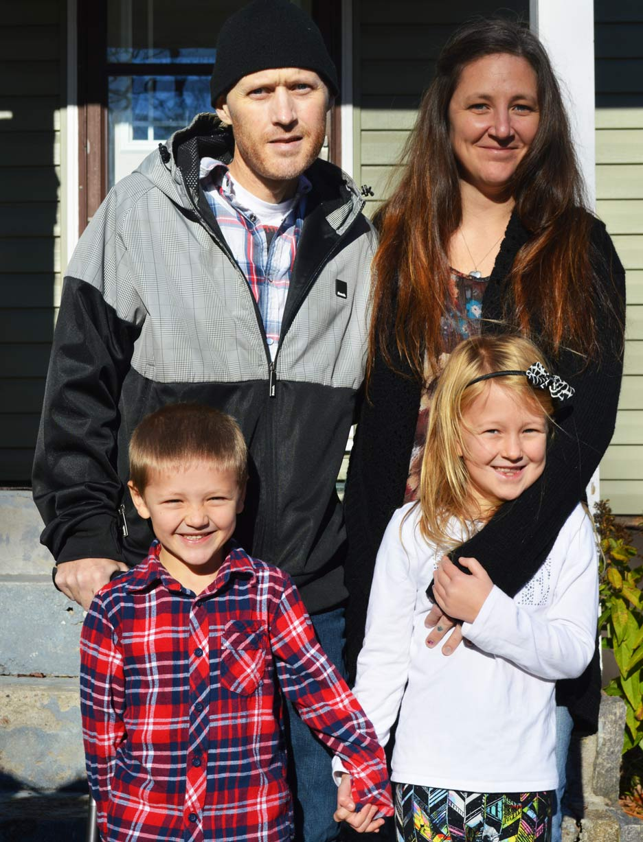 A photo taken in November of Dave with his wife Karrie and their two kids Piper and Lochlin.