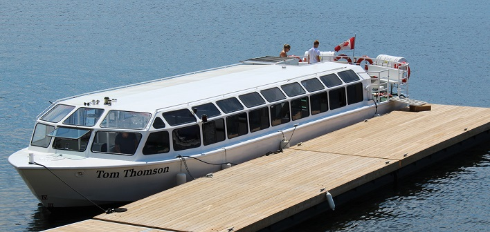 The Tom Thomson tour boat was ready and waiting to take guests out on Peninsula Lake