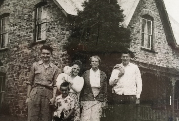 Members of the Morgan family, date unknown (Lawrence Morgan)