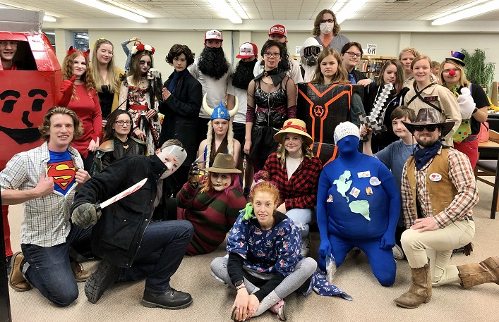 HHS students and staff got in the Halloween spirit for Halloweek (Vanessa Taylor)