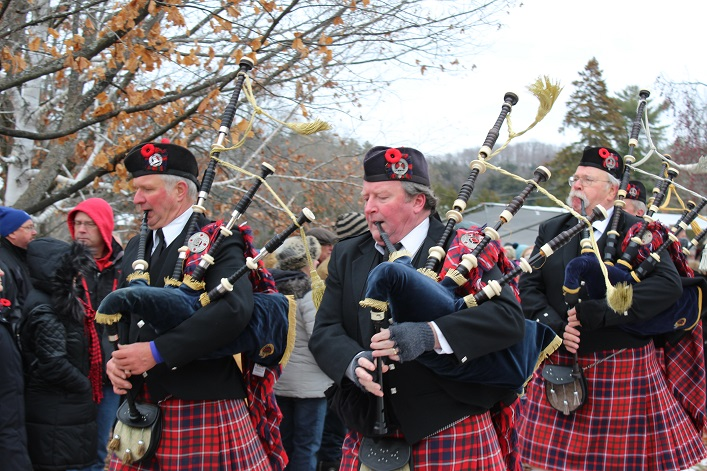 Cameron of Lochiel Pipes and Drums played several songs, including Piper's Lament (Dawn Huddlestone)