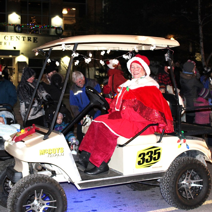 Mrs Claus keeps Santa in line (always)
