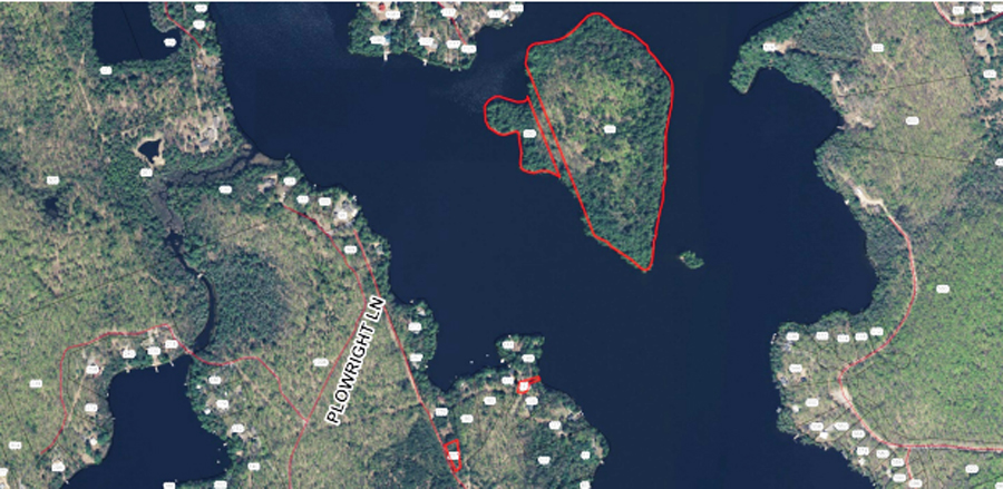 The Treasure Island lots are delineated in red (Town of Huntsville)