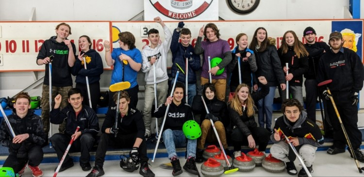 Participants in the second annual Huntsville Curling Club high school bonspiel (supplied)