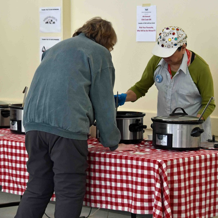The chili cook-off was a delicious way to warm up (Cheyenne Wood)