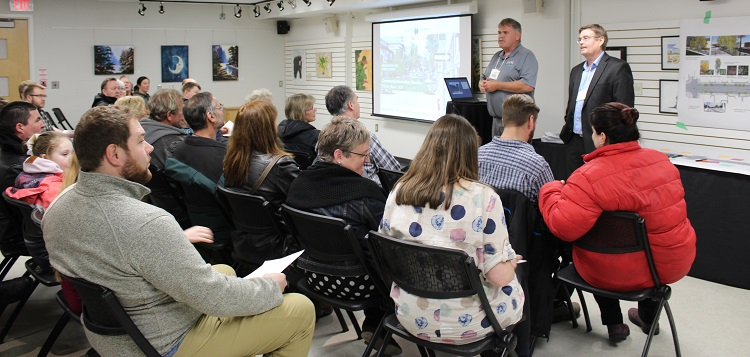 Steve Hernen (left) from the Town and consultant Les Ranta from EXP provide an update on streetscape design options in Partners Hall on March 3, 2020 (Dawn Huddlestone)