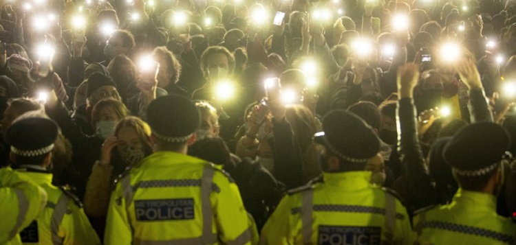 A vigil for Sarah Everard in London (Victoria Jones / PA Images / Getty)